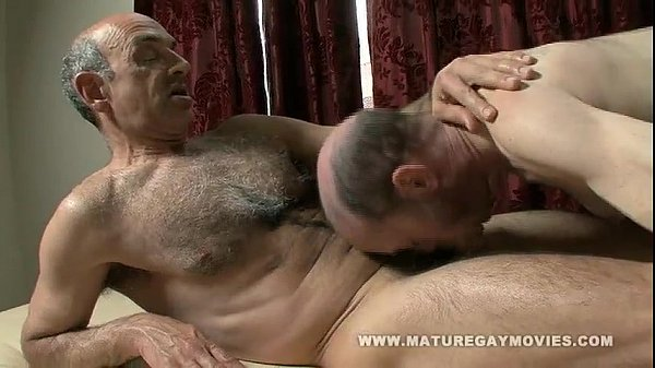 Hairy Mature Gets A Massage And Fucks The Masseur